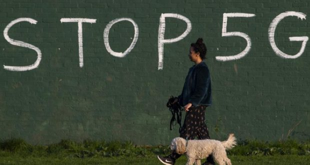 تكنولوجيا الجيل الخامس تواجه معارضة شعبية لاستخدامها ومعارضة حكومية لمنع الصين من بنائها (غيتي)